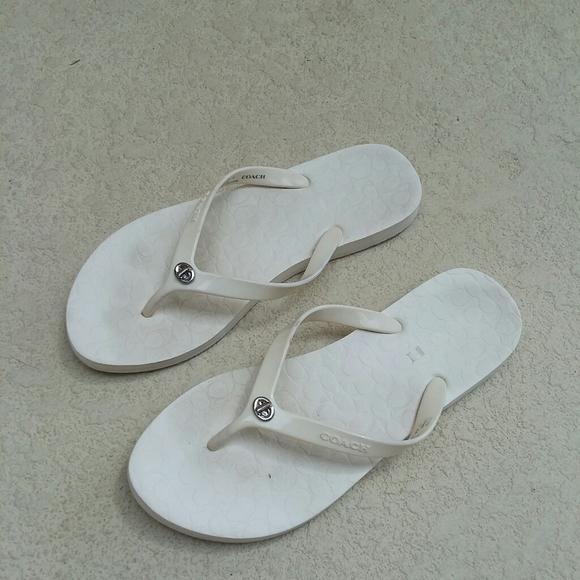 Coach White Flip Flops Sandals Size 9